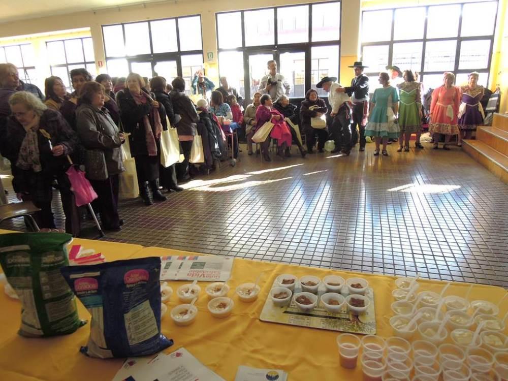 Exitosa Feria del Adulto Mayor en Escuela 18 de Septiembre