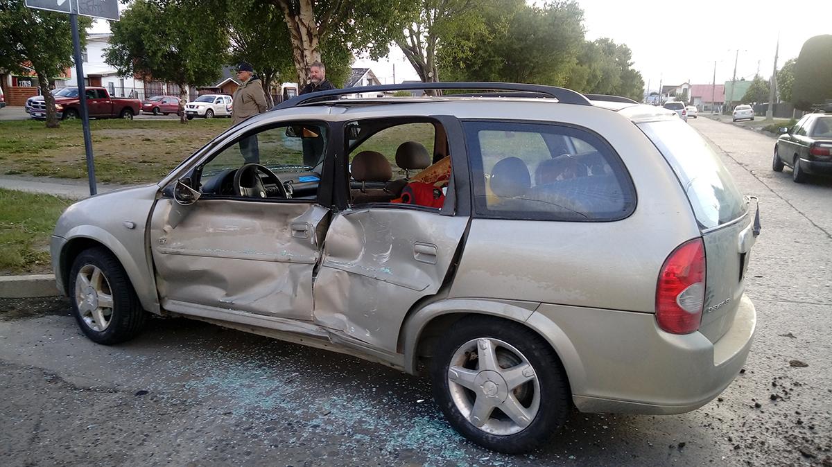 Madre e hijo lesionados en colisión ocurrida en Avenida España y Hornillas