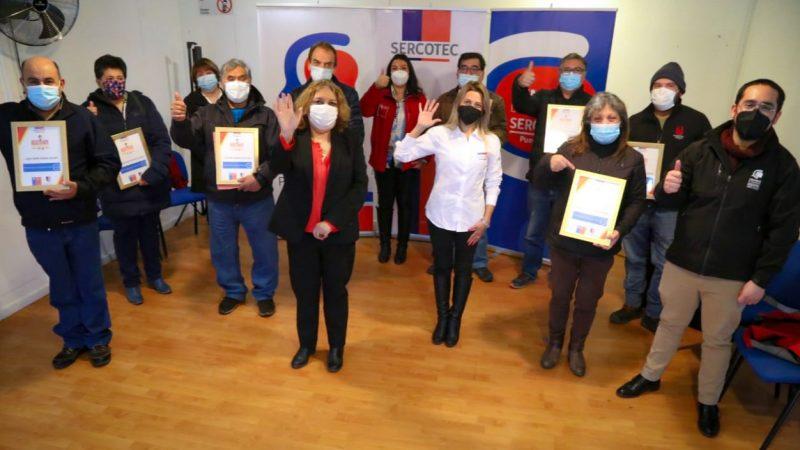 75 micro y pequeños empresarios de Última Esperanza recibieron certificación de SERCOTEC