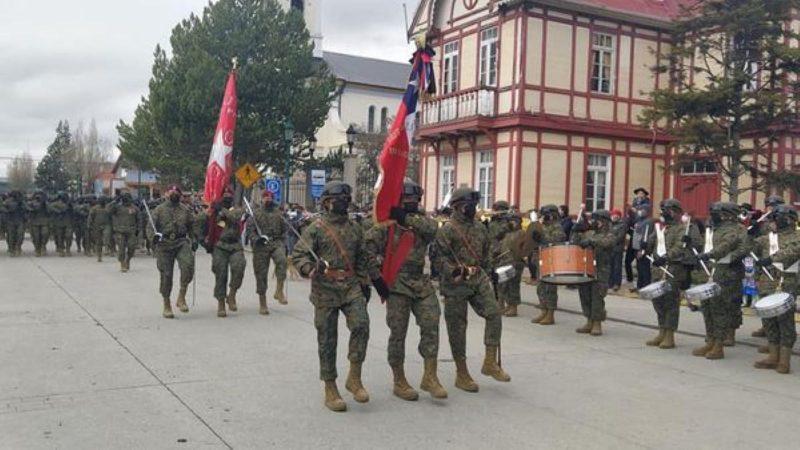 Desfile militar se efectuó este 18 de septiembre en Puerto Natales